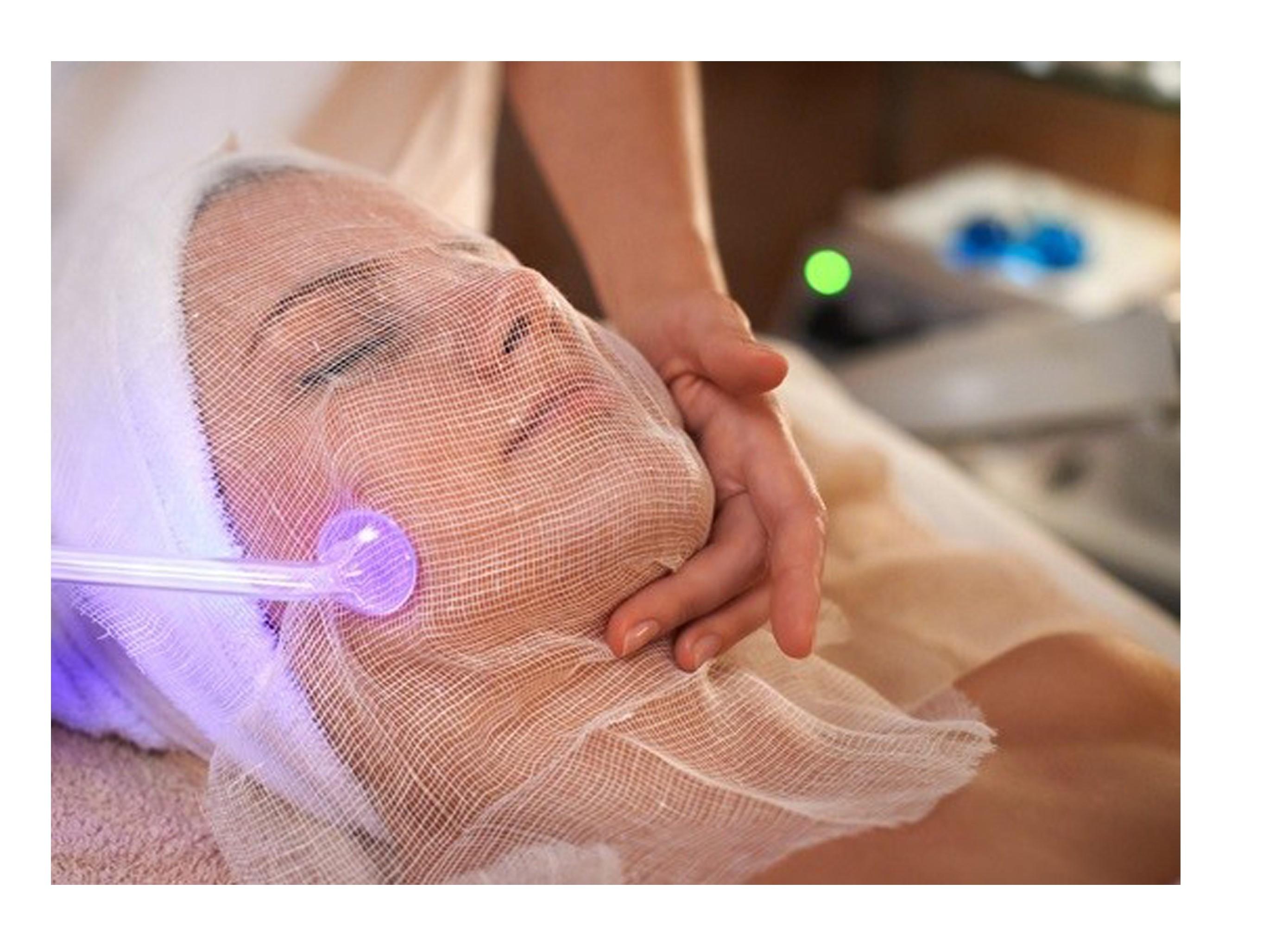 دستگاه-هیدرودرمی-گالوانیک-جوانسازی-پوست