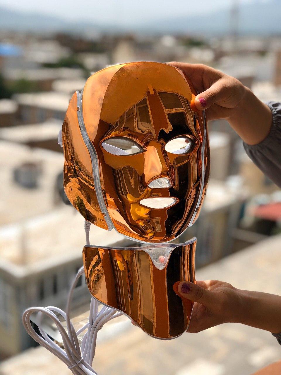 ماسک-ال-ای-دی-درمان-مشکلات-پوستی