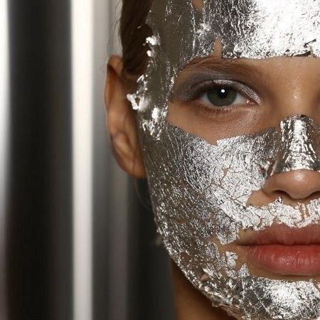 ماسک-نقره-صورت-خالص